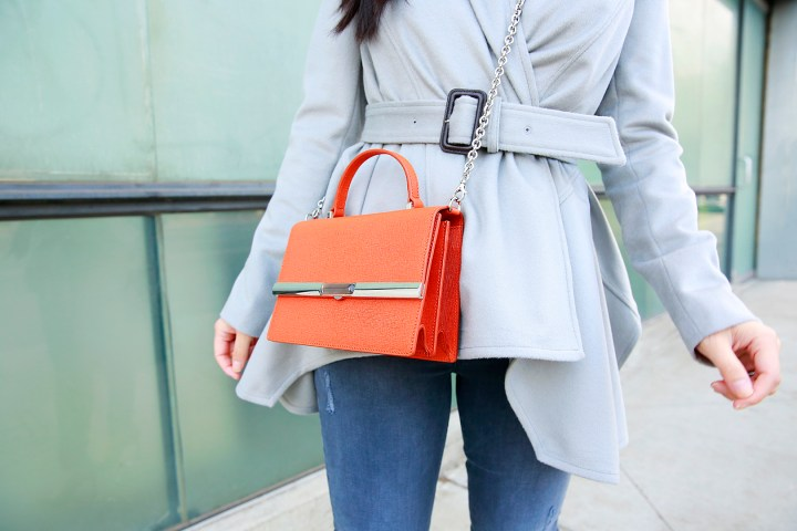 an-dyer-wearing-ella-mchugh-handbag-the-patti-mandarin