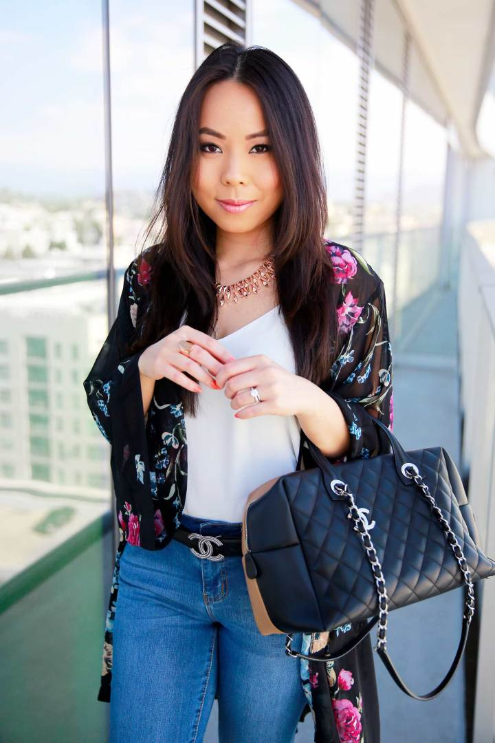 Fashion Blogger An Dyer wearing Kendra Scott with Chanel Bicolor Bowler and CC Belt