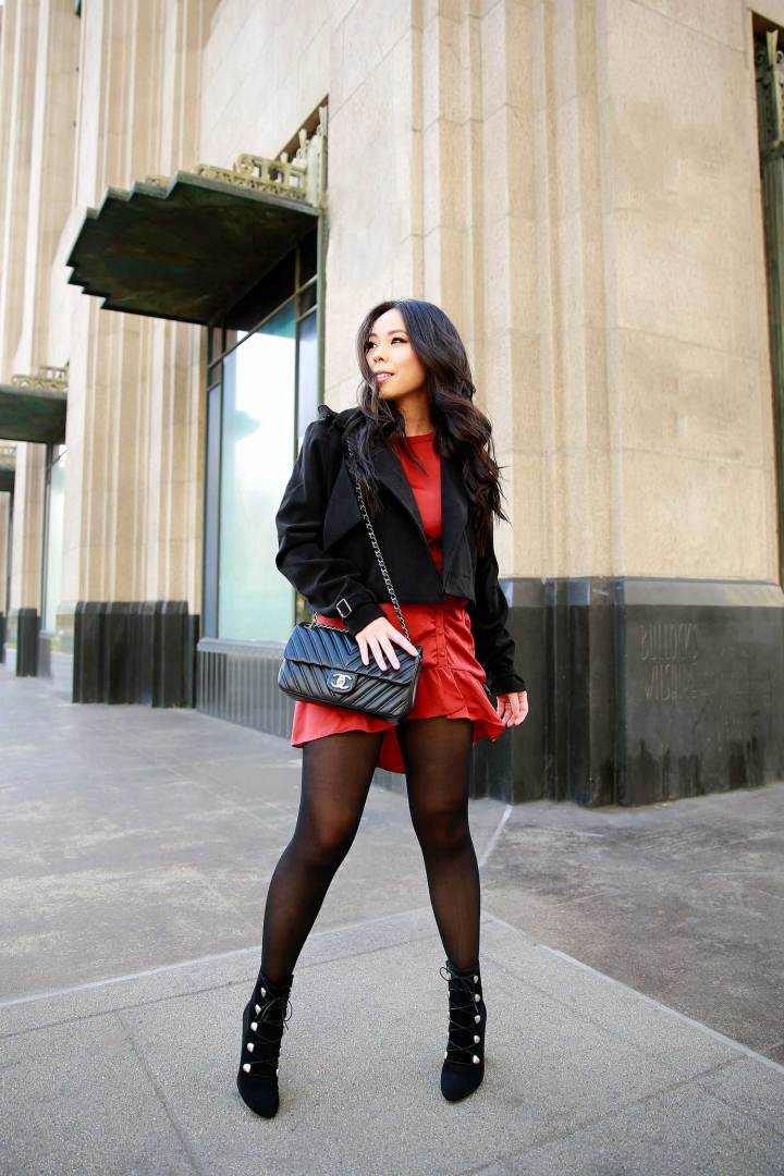 Lifestyle Fashion Blogger An Dyer wearing Holiday Dress Outfit Idea