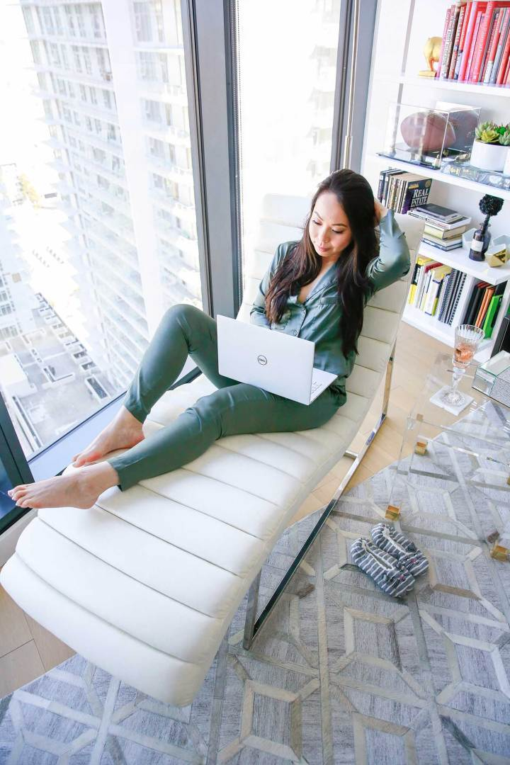 LA Lifestyle Blogger An Dyer Dell XPS 13 Chaise Lounge Chair