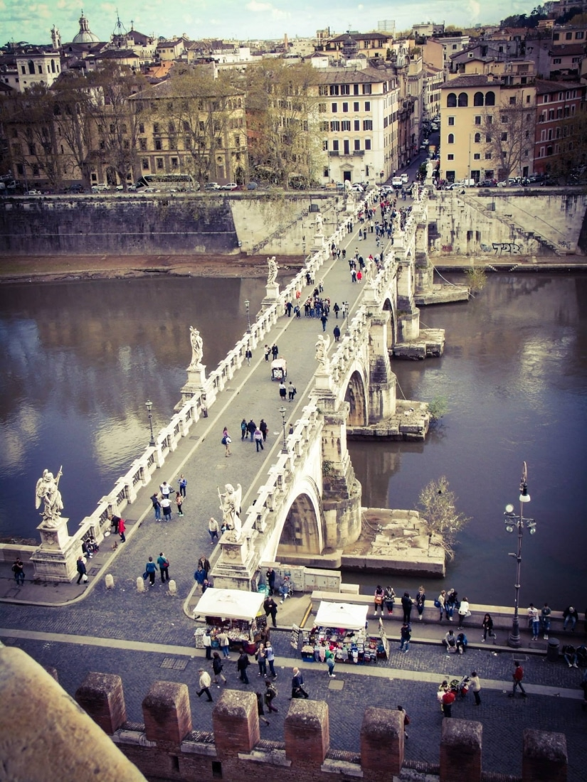 Ponte Sant'Angelo is the bridge in front of Castel Sant'Angelo.