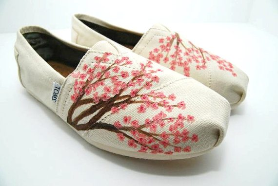 Hand Painted TOMS: KellismCo