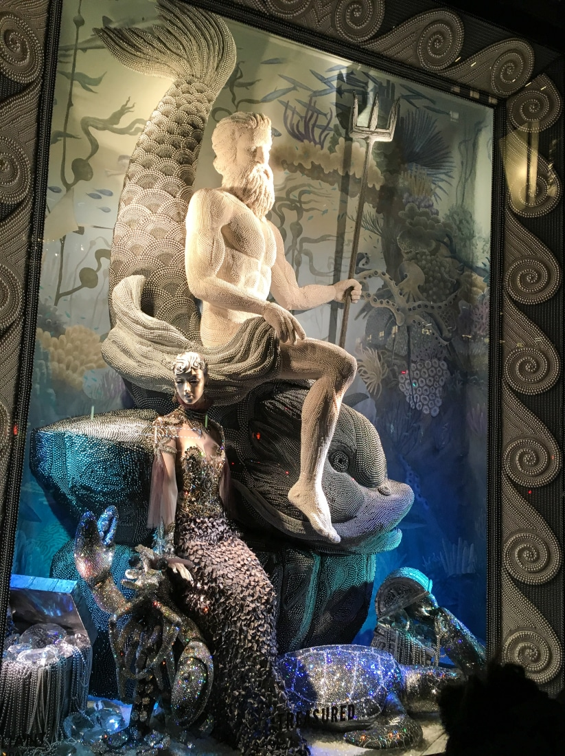 Bergdorf Goodman display, made out of pearls!