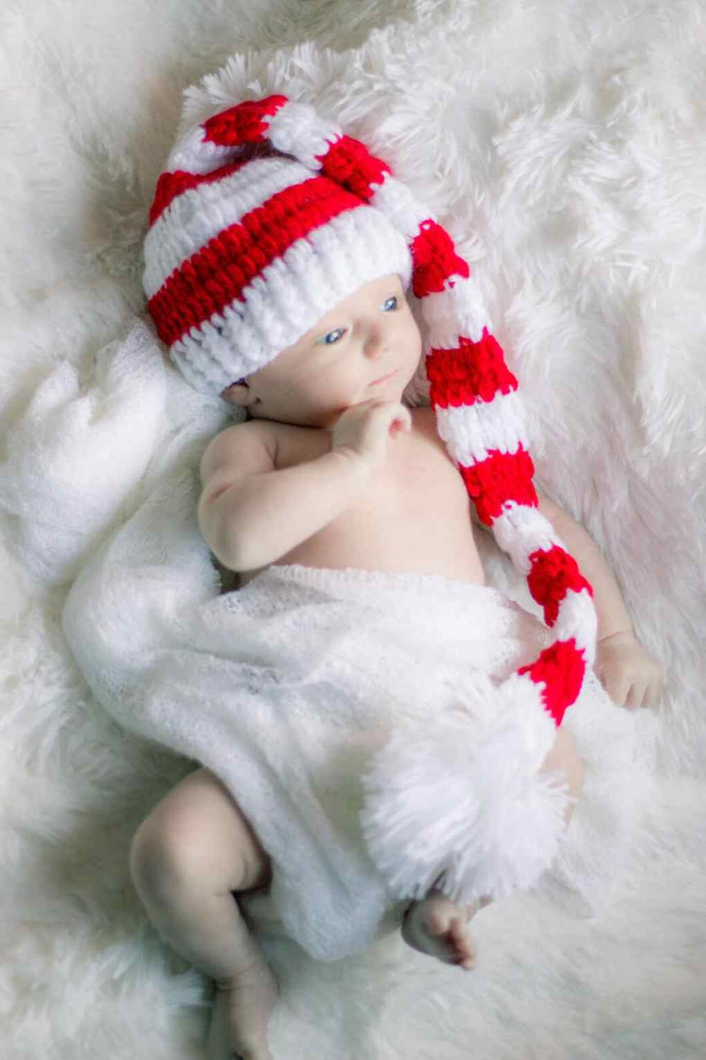Henry newborn christmas photos