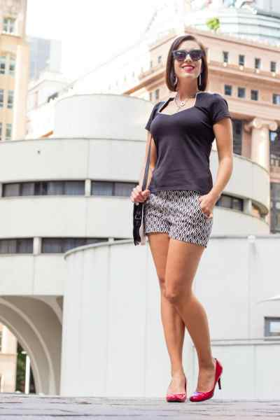 shein black and white high waisted shorts
