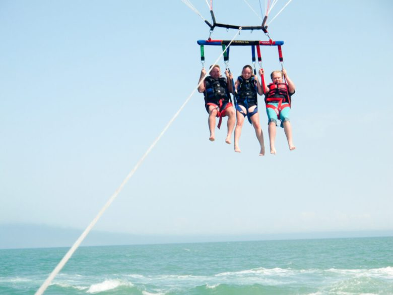 parasailing in Myrtle Beach