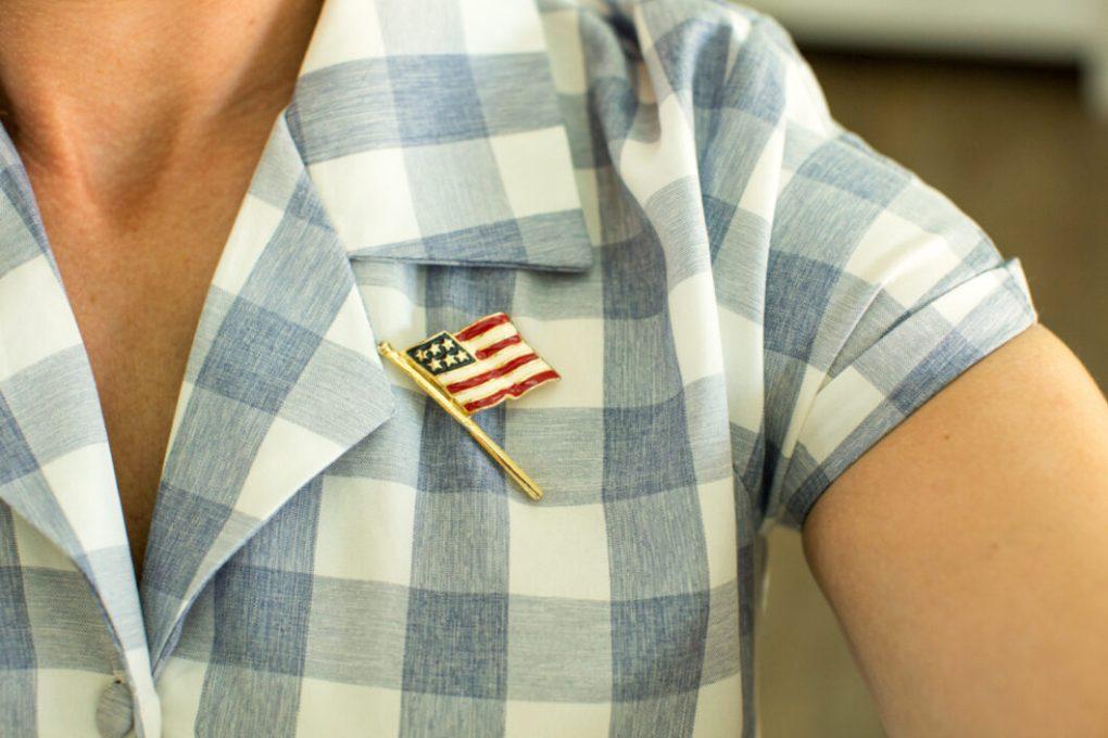 flag pin vintage