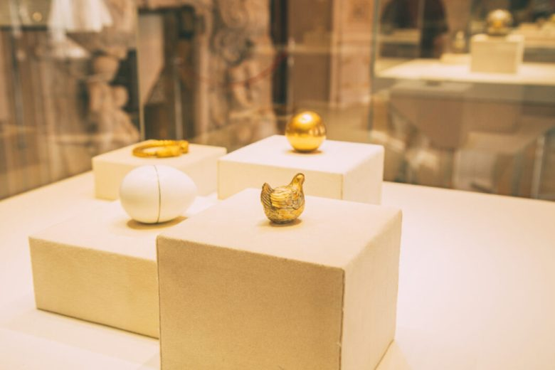 """The """"Hen Egg"""" - the 1st Faberge Egg ever made."""