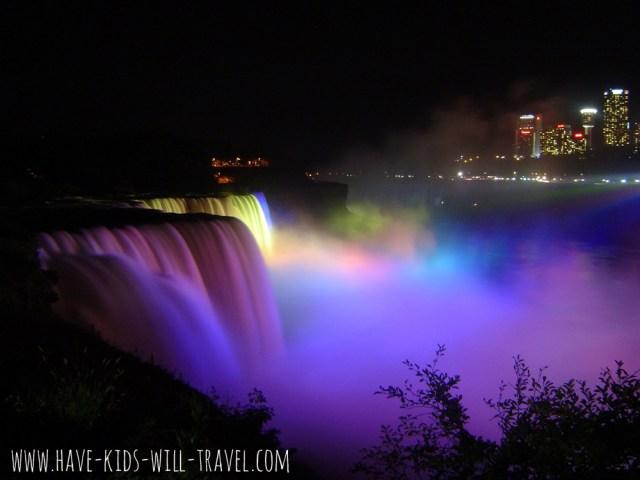 10 Hours at Niagara Falls 7
