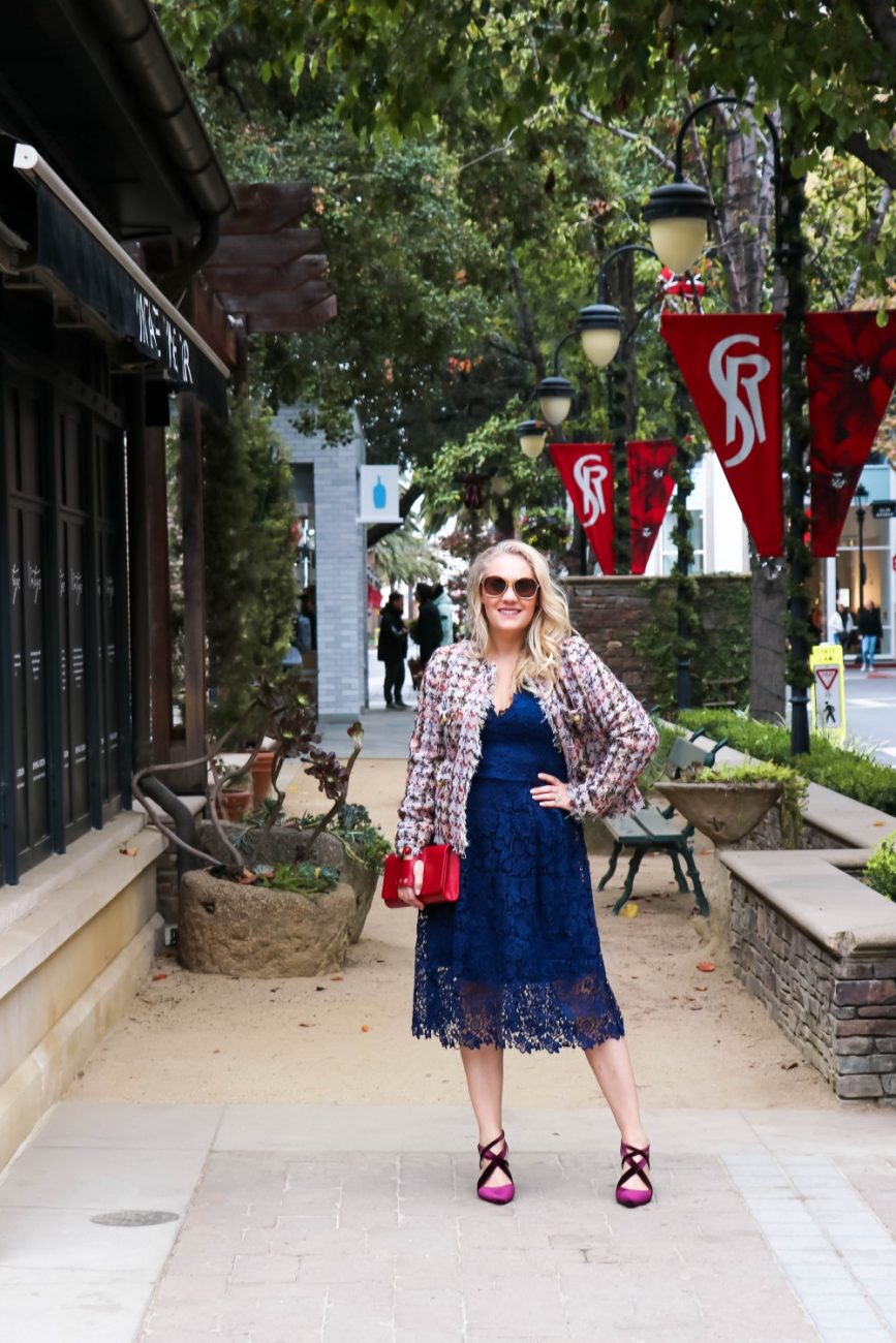 ASTR The Label lace dress. Comes in a number of colors and is perfect for the holidays! #astrthelabel #navylacedress #tweedjacket #holidayoutfit