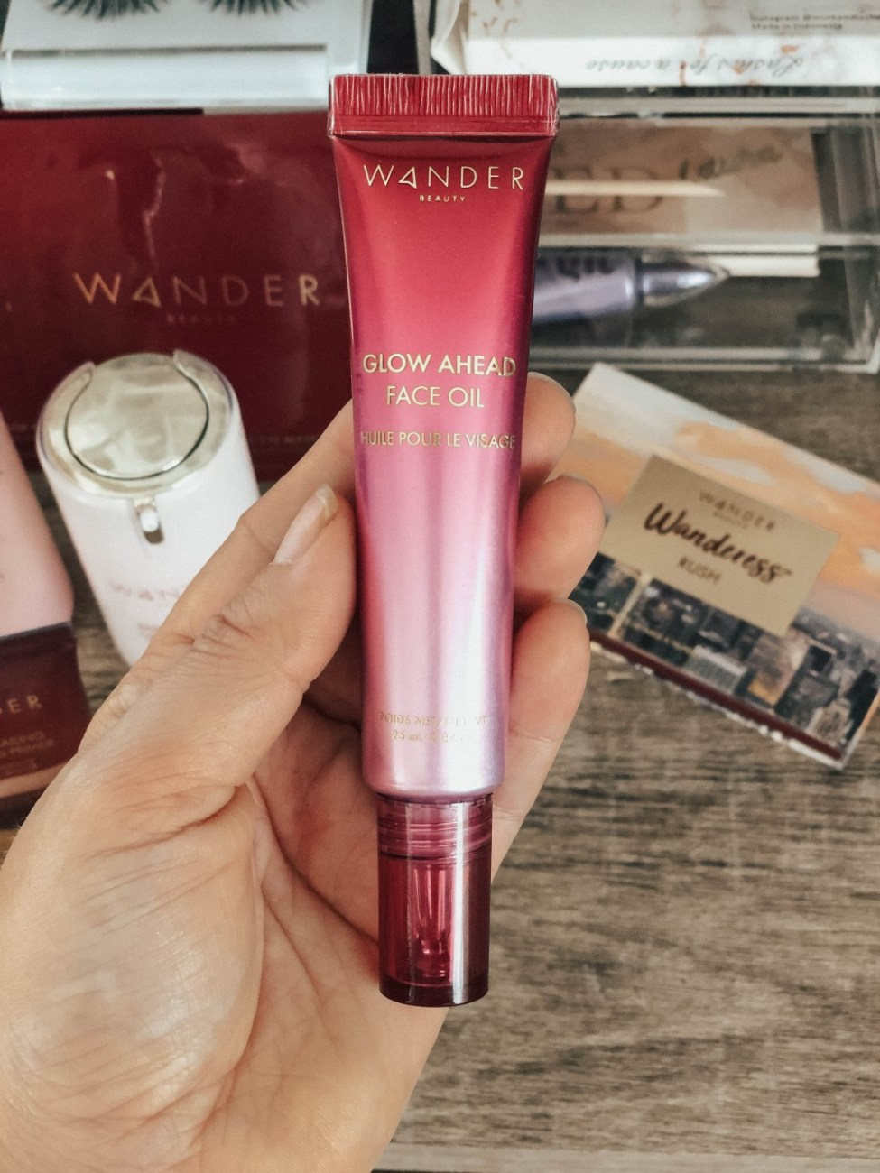 Wander Beauty clean beauty favorites and product review. Head to the blog to check it out! #cleanbeauty #skincare