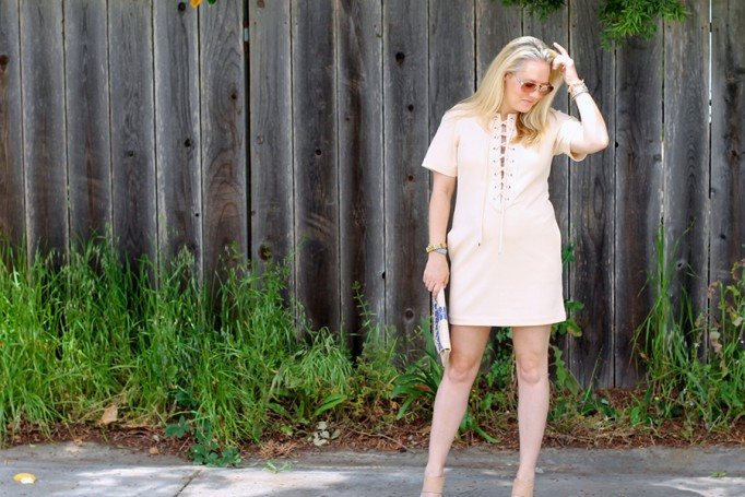 English Factory Lace Up Dress-Bay Area Blogger-Outfit Inspiration-Maternity Style-Stella & Dot Clutch-Summer Style-Pregnancy Style-Have Need Want 3
