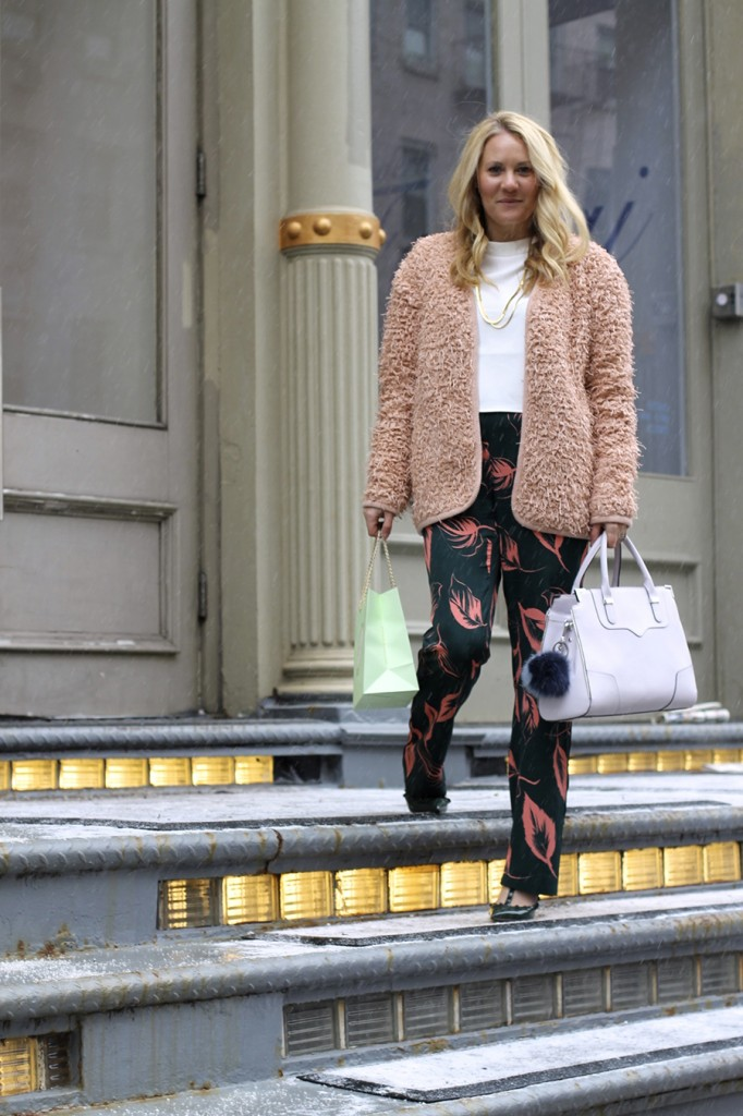 flared-sleeve-crop-top-nyfw-steet-style-fashion-blogger-valentino-rockstuds-boucle-jacket-english-factory-nordstrom-signature-collection-pants