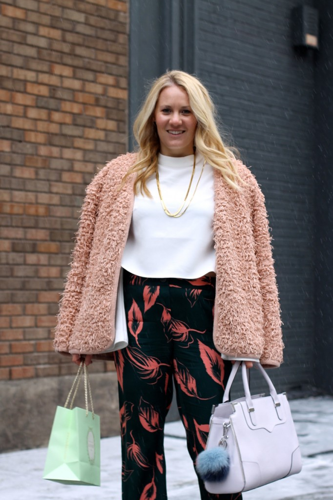 Flared Sleeve Crop Top-NYFW Steet Style-Fashion Blogger-Valentino Rockstuds-Boucle Jacket-English Factory-Nordstrom Signature Collection Pants 8