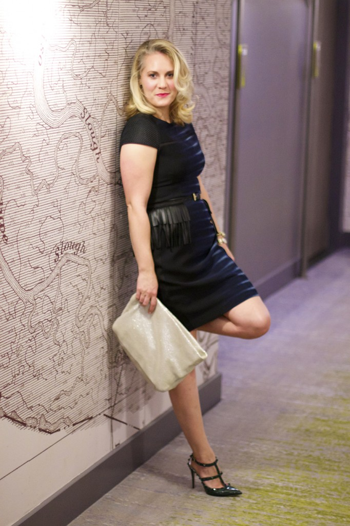 petite styling, fashion tips, Dress Styling Trick for Petite Women, alteration tricks, T Tahari, San Francisco Blogger, Fashion Blogger, Laura Adney, Have Need Want blog