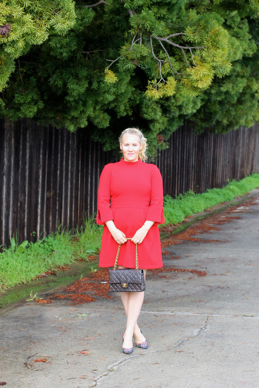 nicole-miller-lady-in-red-red-dress-holiday-style-outfit-inspiration-have-need-want-2