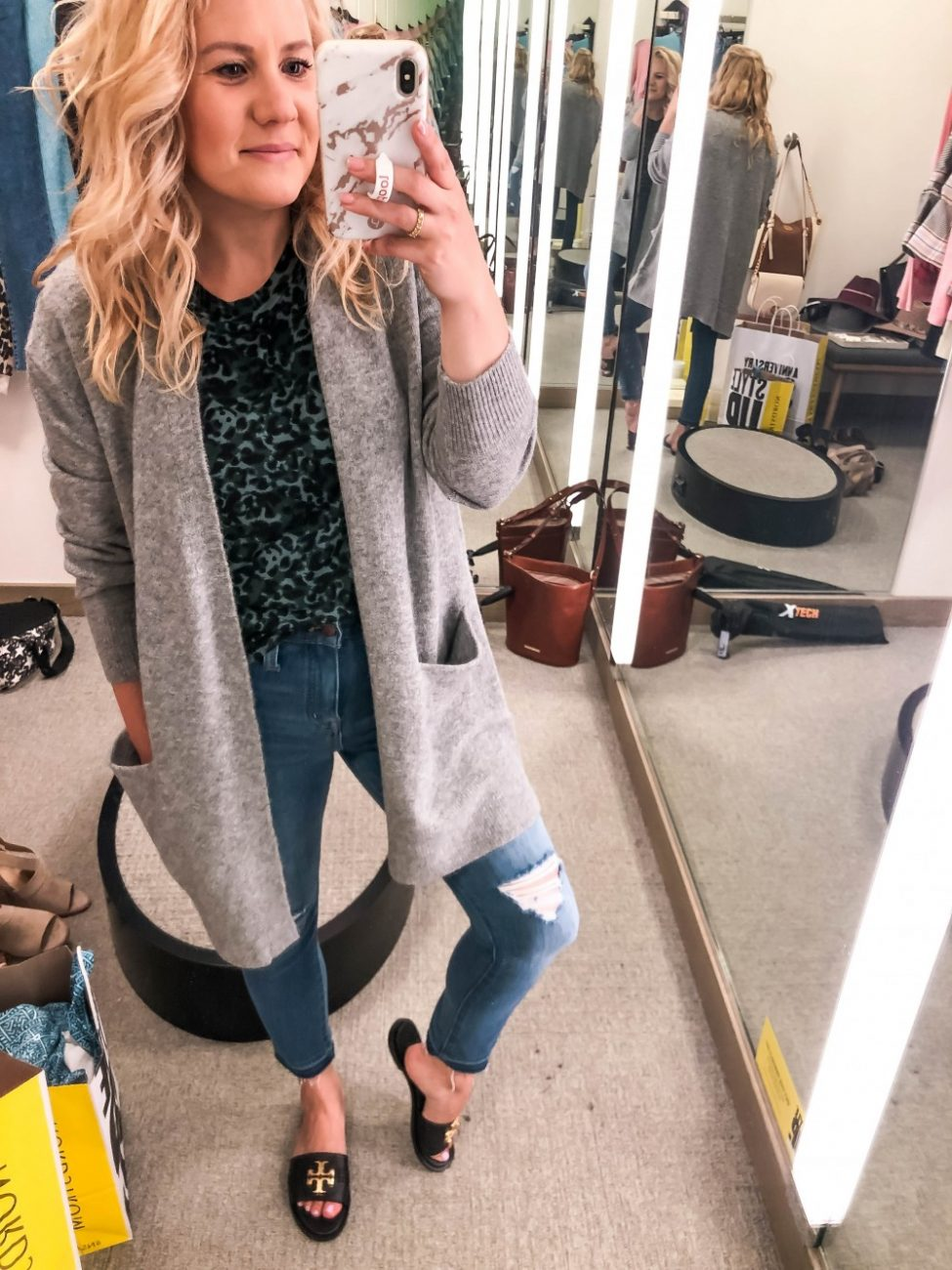 2019 Nordstrom Anniversary Sale Early Access just started and I'm sharing my top picks from the dressing room today! I got to go in during the Icon and Ambassador pre-sale and I really narrowed it down this year to my must-haves. Click on over to the post to check it out!! #NSALE #nordstromanniversarysale #dressingroomdiaries #tryonsession #fallfashion #prefallsale