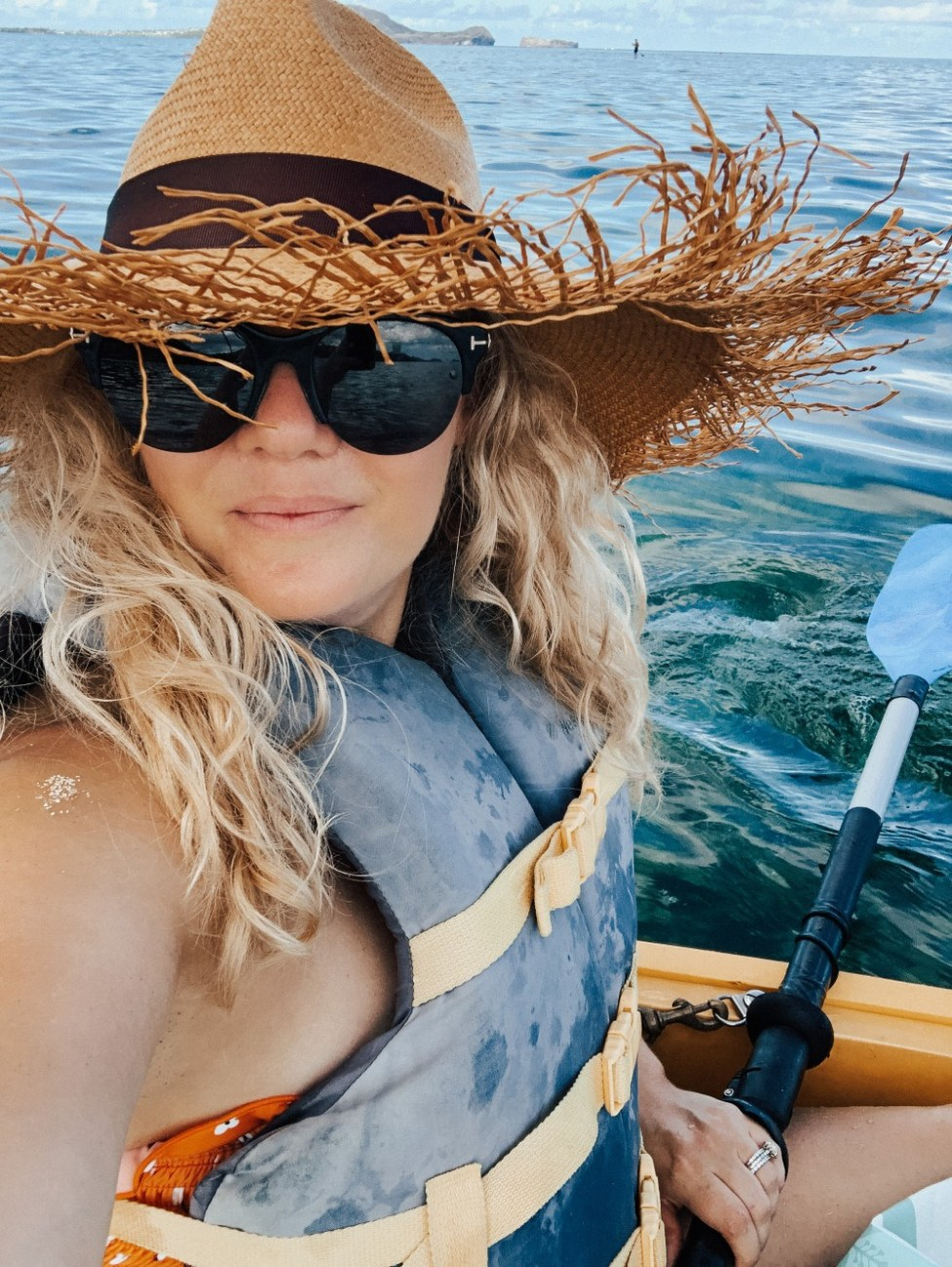 Sharing our experience ocean kayaking in Oahu on the blog! Click on over to give it a read!! #oceankayaking #outdooractivities #hawaii #oahu