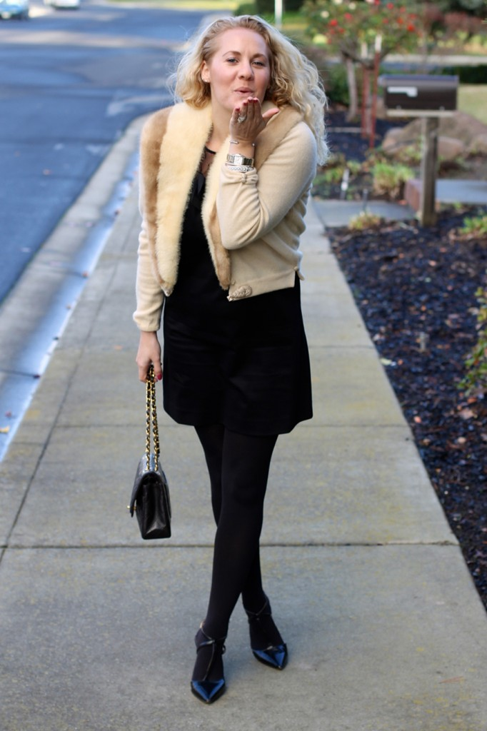 Outfit Inspiration-Holiday Style-Kate Spade Bow Dress-Chanel Classic Flap-Christmas Outfit 13