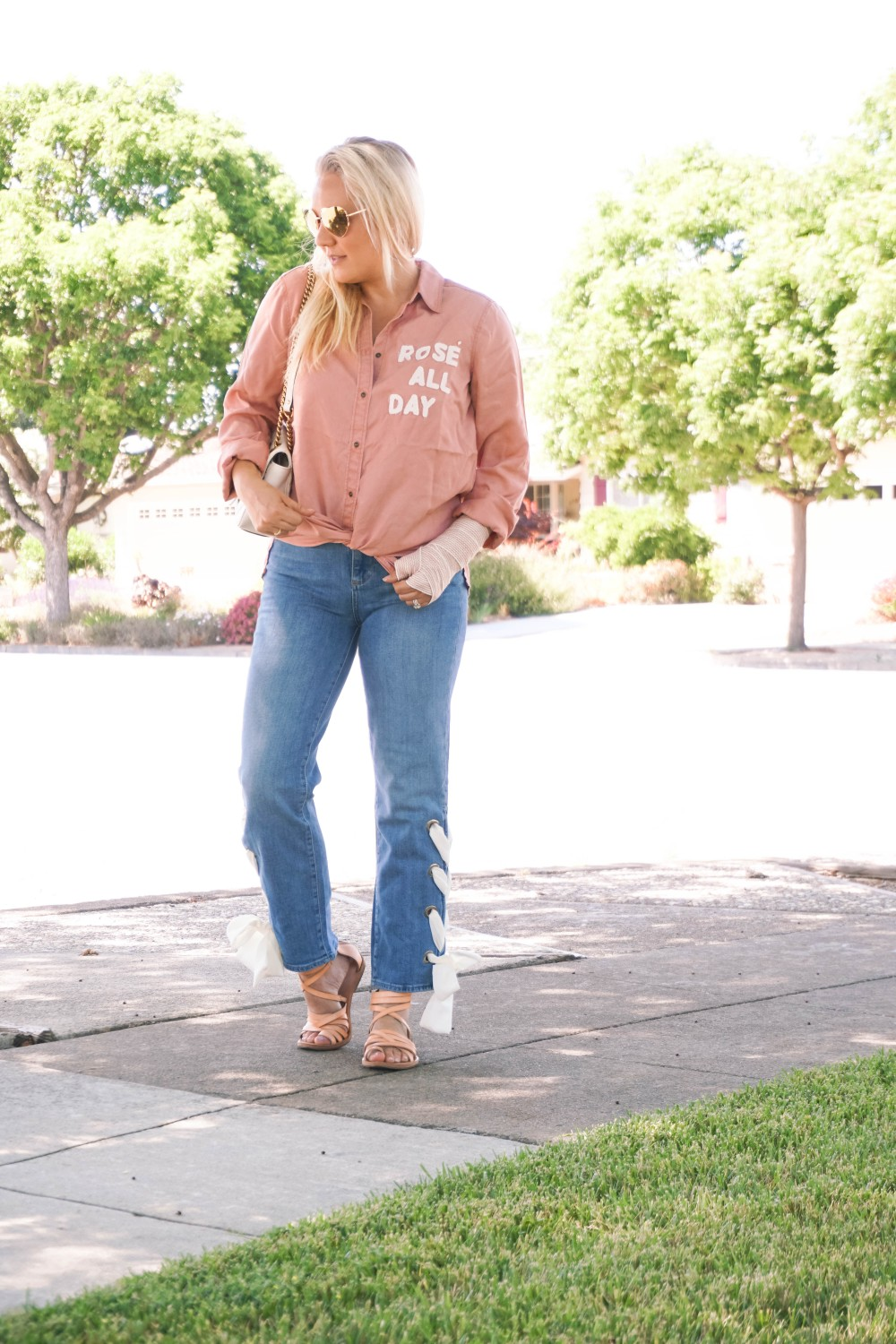 Rosé All Day, Lace Detail Denim, Paige Denim, Outfit Inspiration, Mom Style, Weekend Outfit Inspiration
