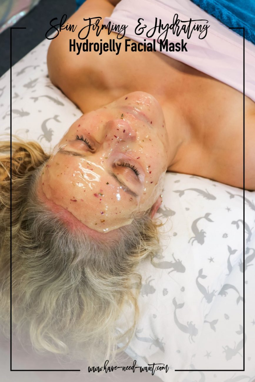 Skin Firming & Hydrating Hydrojelly Facial Mask from Live Love Beauty in Soquel, CA. Head over to the post to check out what Hydrojelly's she mixed to create this beautiful mask. #hydrojellymask #hydrojelly #facial #facialmasks