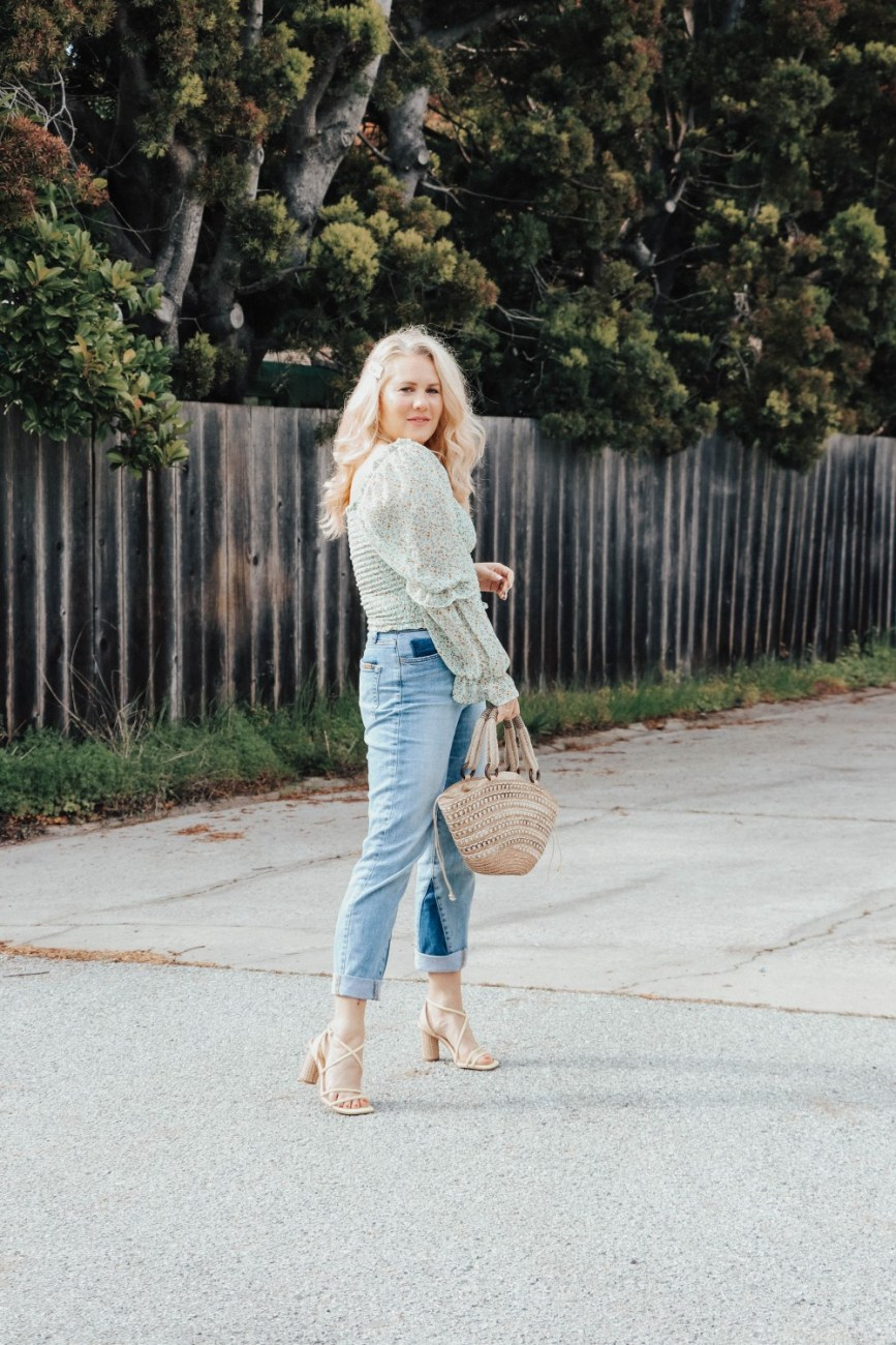 Spring favorites smocked spring blouses and strappy spring sandals. Click on over to the post to check it out plus shop similar smocked puff sleeve blouses! #smockedblouses #springblouses #springsandals #springoutfitinspo