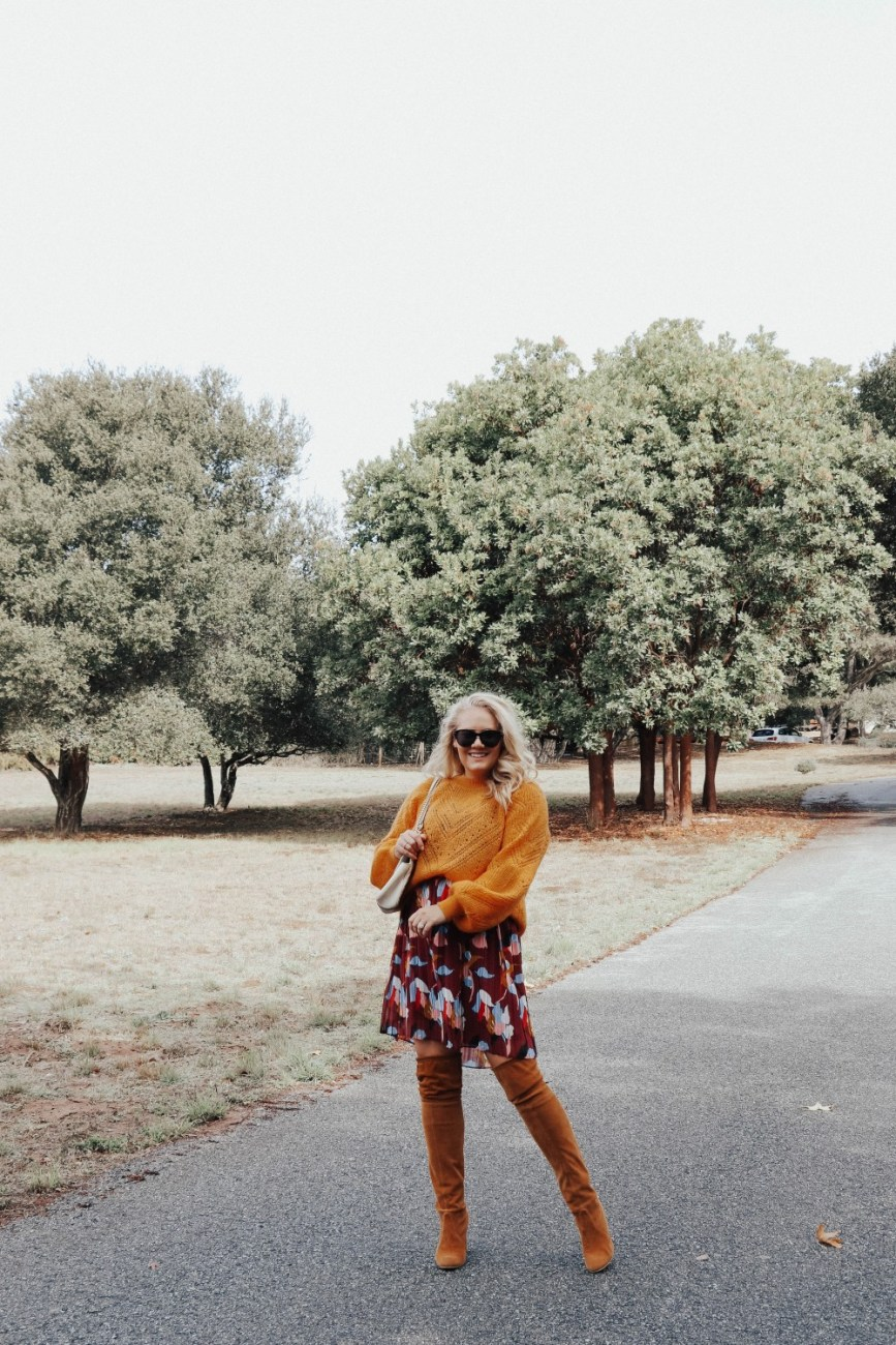 Tips for wearing a sweater over a dress on HNW! Click over to the post to get my tips and tricks. #stylingtips #falloutfits #fallstyle