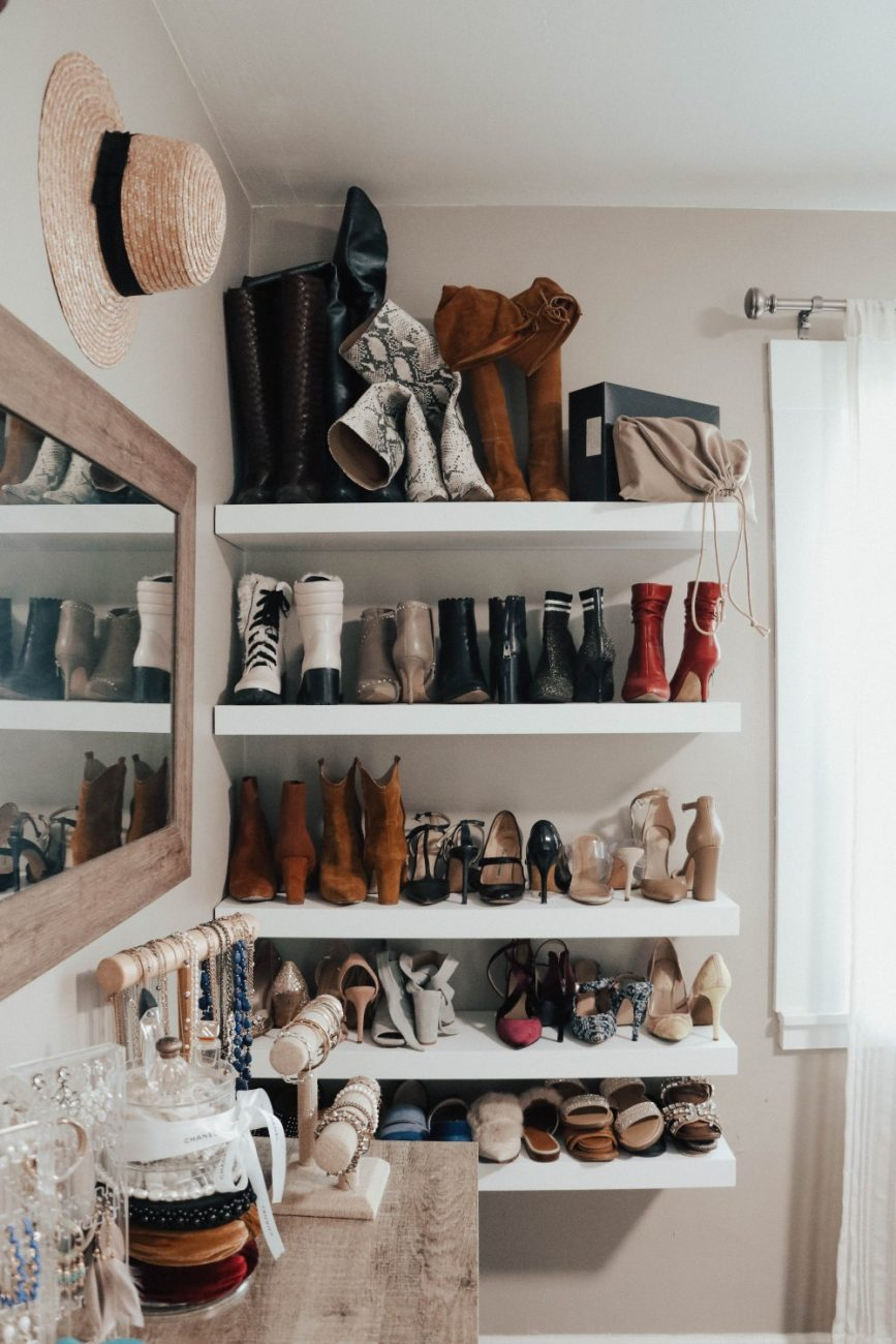 An organized home is a happy home and I've been on a spring cleaning and organizing kicks these past few days. Sharing all the organizational products I'm using to help keep our home nice and tidy. Click over to the post to check it out! #springcleaning #homeorganization #drawerorganizers #tidyhome