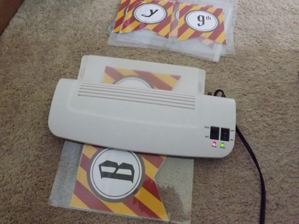 banner-thru-laminator