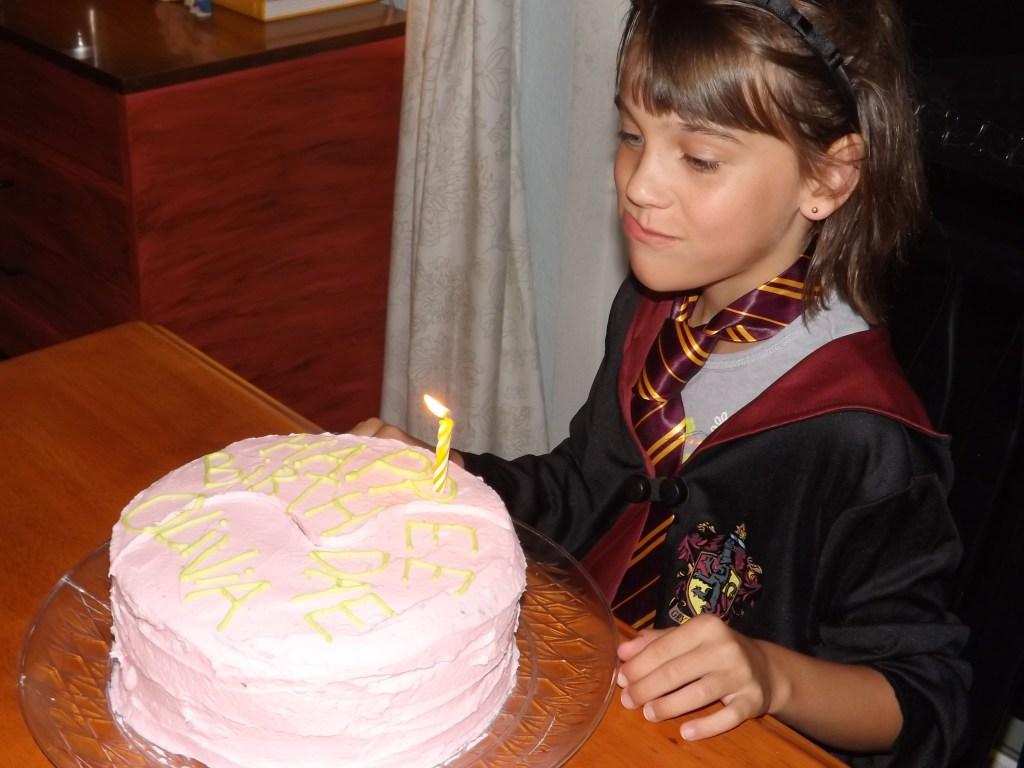 singing-with-cake