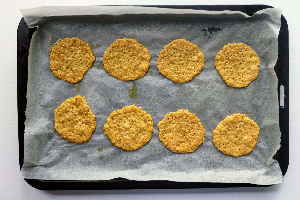 Cheese Crackers out of the oven
