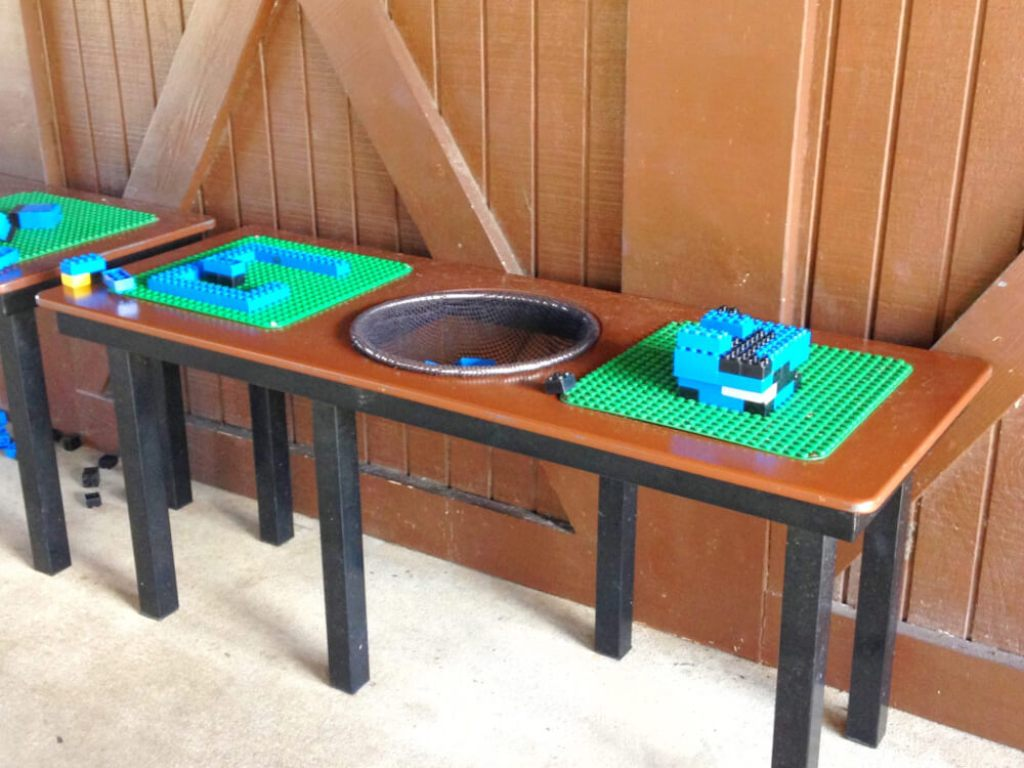 Legoland Florida play table