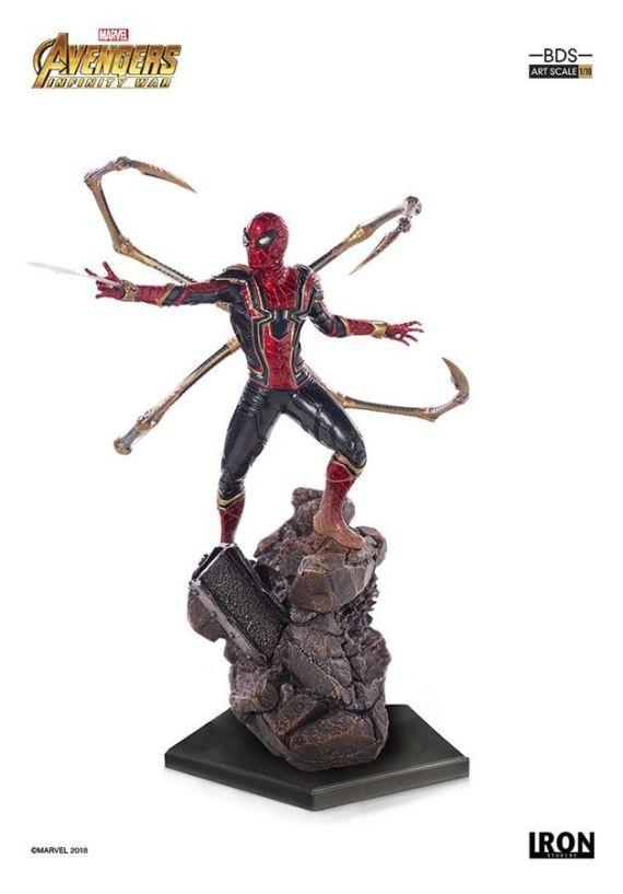 IRO73555–Avengers-3-Iron-Spider-1-10-Statue-B
