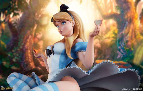 SID200506–Alice-in-Wonderland-Fairytale-Fantasies-B