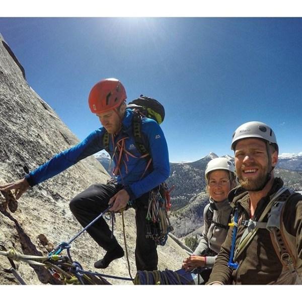 Avslutta Yosemite oppholdet med å klatre ruta Snake Dike på Half Dome. (Finn minst to feil.)  Eirik