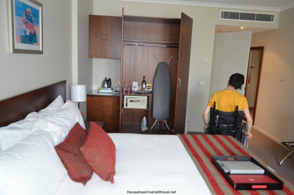 Rydges Port Macquarie accessible room