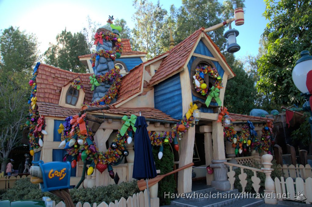 Disneyland at Christmas - Toon Town - Have Wheelchair Will Travel