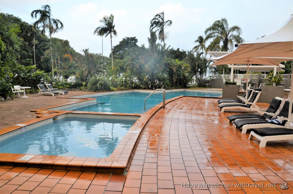DoubleTree by Hilton Cairns - wheelchair accessible accommodation Cairns