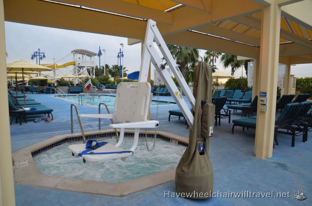 Disney's Paradise Pier Hotel accessible accommodation Disneyland