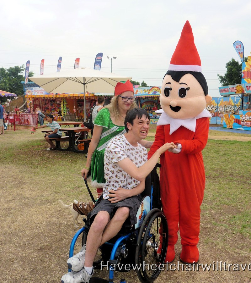 Sydney Santa Spectacular - Have Wheelchair Will Travel