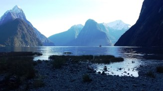 milford-sound-view-from-foreshore-walk-3