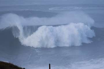 surftrip-nazare