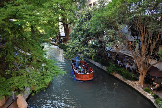 San Antonio Riverwalk Riverboat Tour