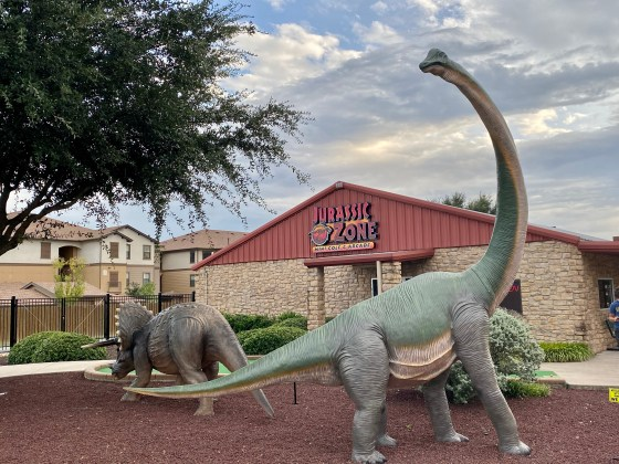 Jurassic Zone Mini Golf, Burleson