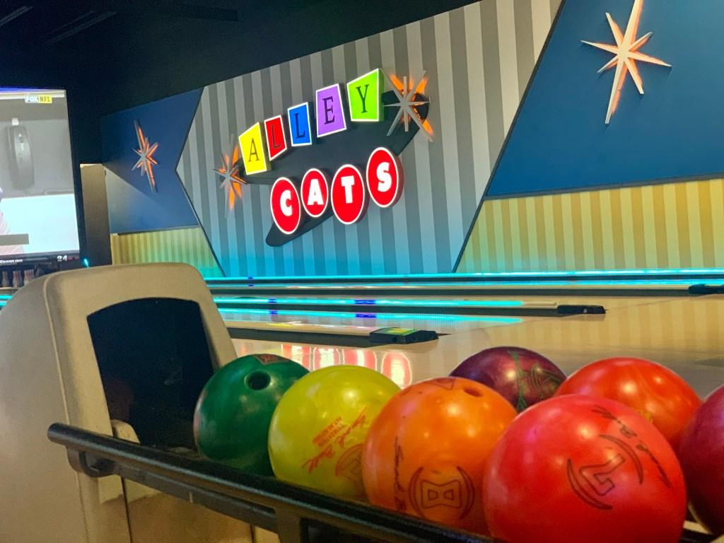 Alley Cats Bowling and Arcade Arlington Tx