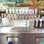 大人気のコンブチャ、ハワイ出身ロキシーモデルのケリアモニーツも飲んでます。