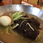 暑いハワイでさっぱりした料理が食べたいあなたに、「ゆっちゃん」の冷麺がおすすめな理由とは?