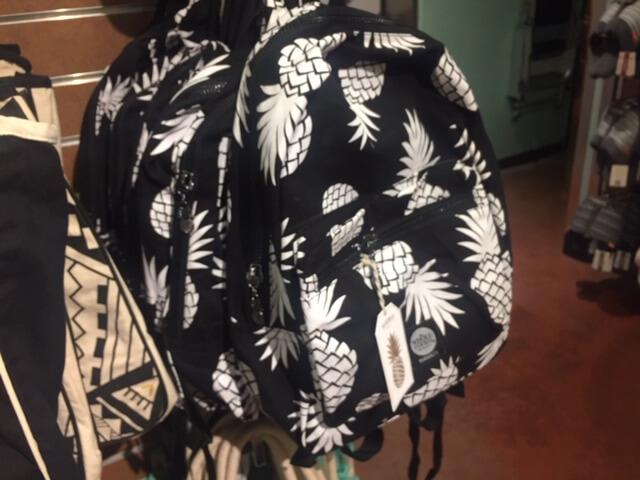 ホールフーズのトートバッグ