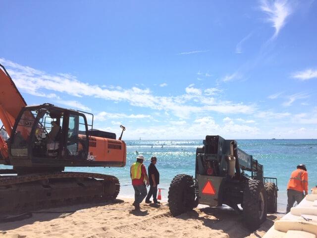 ワイキキビーチ修復工事