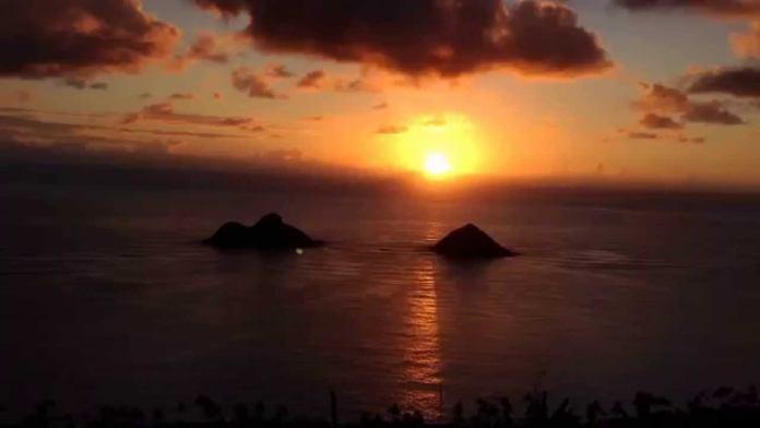 Sonnenaufgang pillboxes hike / Wanderung auf oahu in Hawaii